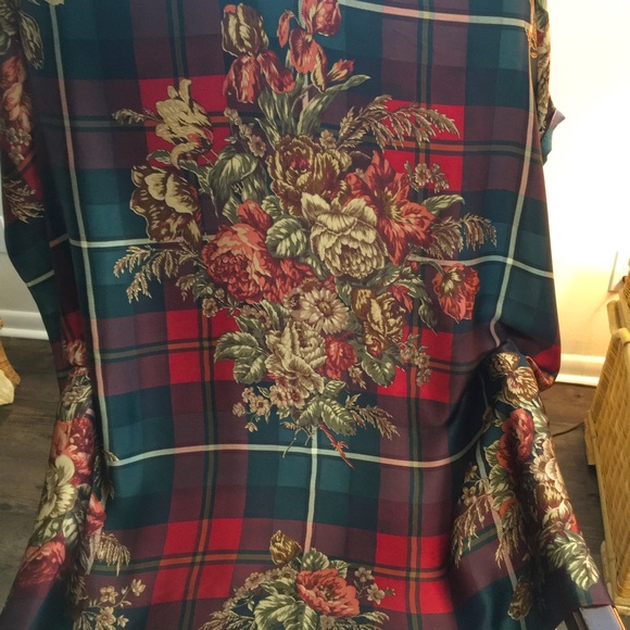 Ralph Lauren Classic Silk Scarf